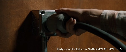 anchorman2-still_plug_hollywoodjunket-paramount-pictures