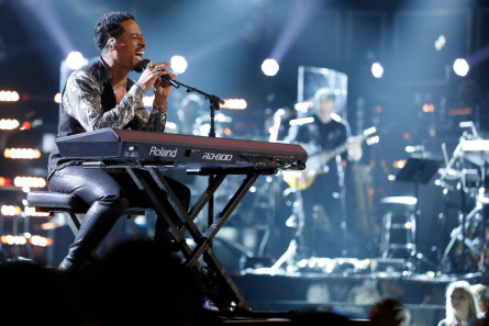 The Voice 15 live playoffs week 1, Franc West