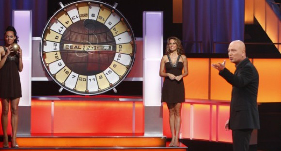 Deal or No Deal, daytime models Patricia and Tameka with host Howie Mandel