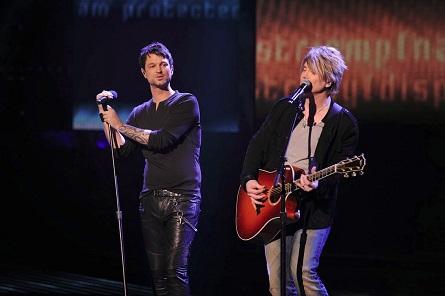 The X Factor USA - Jeff Gutt, John Rzeznik