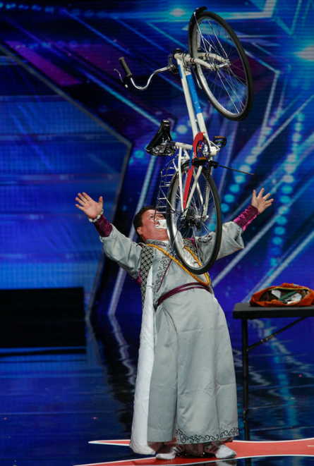 AGT Season 10, Grand Master Qi Feilong