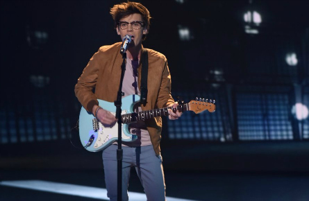 American Idol Top 8 MacKenzie Bourg