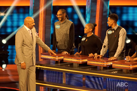 Celebrity Family Feud 2016, Snoop Dogg family