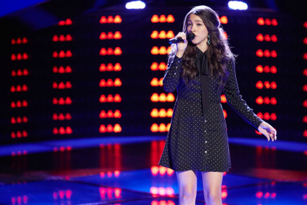 The Voice season 11 Halle Tomlinson