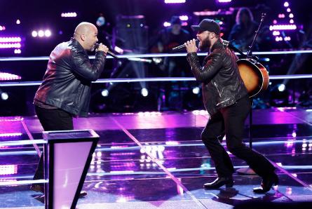 The Voice 11 Battles, Blaine Long vs. Josh Gallagher