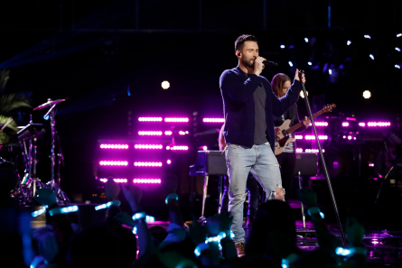The Voice 11 Top 10, Maroon 5