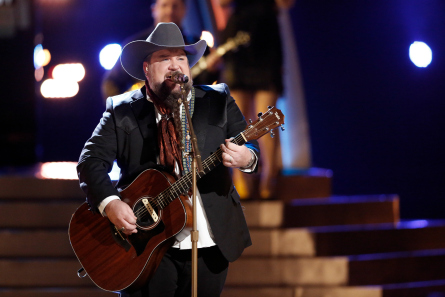 The Voice 11 Top 10, Sundance Head