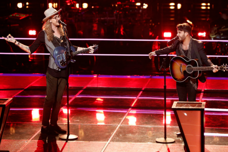 The Voice 13 Battles, Dennis vs. Mitchell