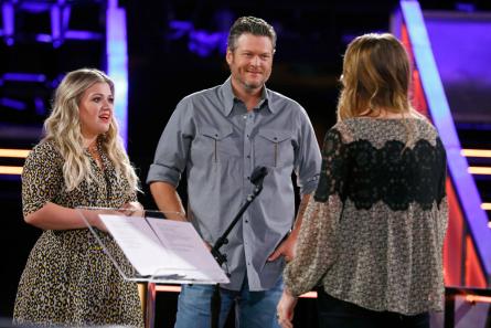The Voice season 13  Knockouts Kelly Clarkson, Blake Shelton