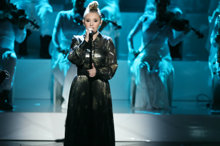 The Voice 13 Semi-Finals, Addison Agen