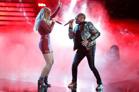 The Voice 14 Semi Finals week 1, Rayshun Lamarr and Jackie Foster duet